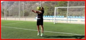 Control de pecho en el fútbol